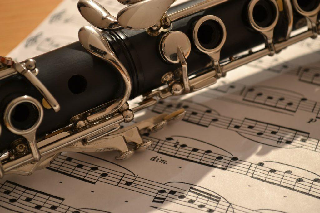 Kuva klarinetista.